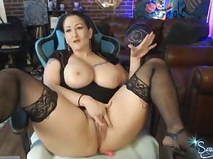 Big-boobed Tatttoed MILF Squirting on Webcam 18-44-10