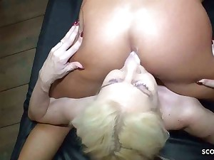 Pussy Bukkake Swallow GB01 Party with Bootylicious Girl Bella X