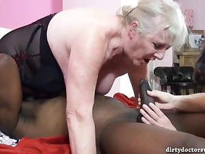 Clitorissa's respect for two old nymphs with a BBC